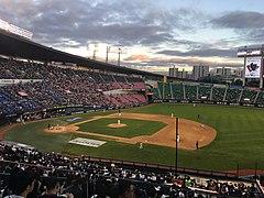 Doosan Bears vs LG Twins (1).jpg