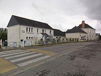 Draché (Indre-et-Loire) école et mairie.JPG