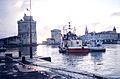 Dragage du Bassin d'Échouage du Vieux-Port de La Rochelle en 2000 (13).jpg