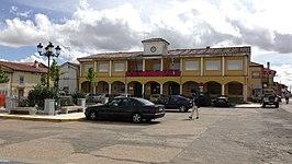 El Cubo De Tierra Del Vino Wikipedia La Enciclopedia Libre
