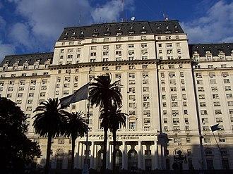 Ministry of Defense (Argentina) - Image: Edificio libertador