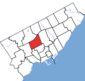 Eglinton—Lawrence - Eglinton—Lawrence in relation to other electoral districts in Toronto (2015 boundaries)