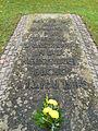Ehrenfriedhof-cap-arcona-scharbeutz-haffkrug-gedenkstein.JPG