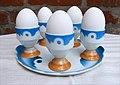 Eierbecher mit Tablett Spritzdekor 03.jpg