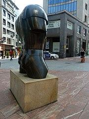 El diestro (sculpture)