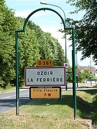 Entrée d'Ozoir-la-Ferrière (1).jpg