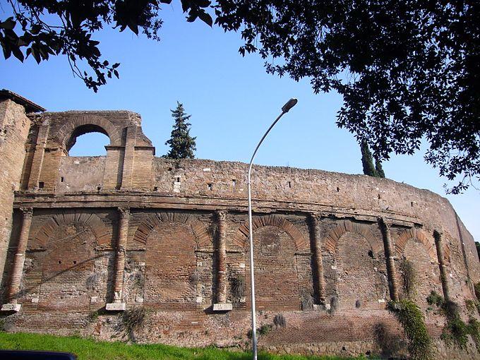 Esquilino - Anfiteatro Castrense 1000921