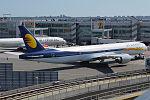 Etihad Airways, A6-JAD, Boeing 777-35R ER (19559903713).jpg