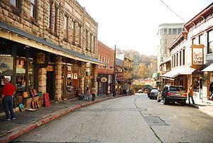 Eureka Springs, Arkansas - Image: Eurekaandsuch 291