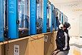 Fabricación de máscaras y barbijos 3D en el Museo Malvinas (49884489257).jpg