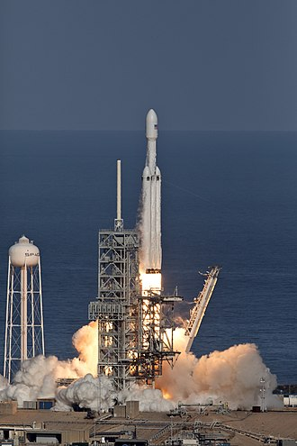 Falcon Heavy test flight - Image: Falcon Heavy clearing the tower 04