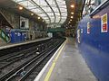 Farringdon station Underground look south.JPG