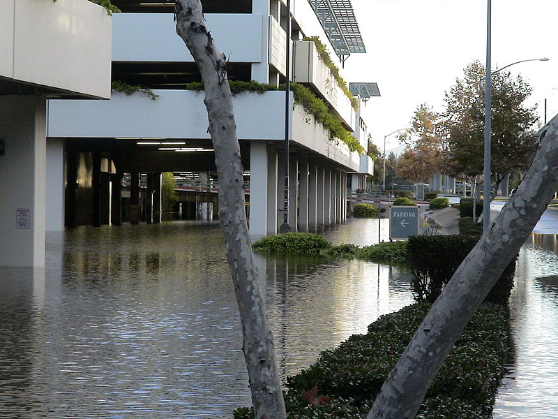 File:Fashion Valley mall flood.JPG Description English: In Mission Valley in San Diego, the Fashion Valley mall's parking lot is flooded on December 18, 2008 in the morning.