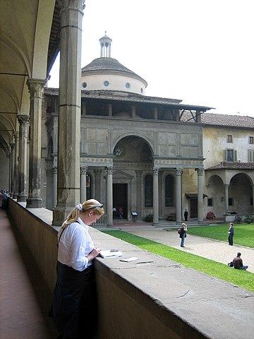 1429—1443 гг. капелла Пацци, Флоренция.
