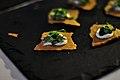 Fladbrød med broccoli og rygeost (5071351557).jpg