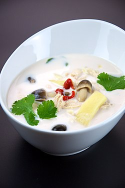 Flickr preppybyday 4711943668--Tom kha gai.jpg