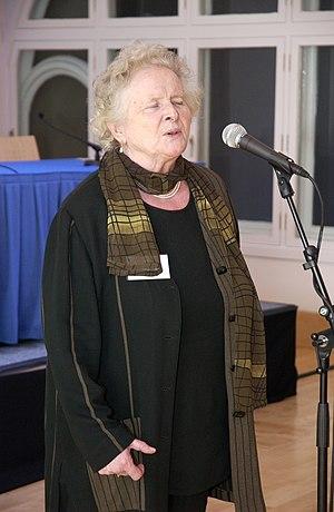 Flora MacNeil - MacNeil in 2006