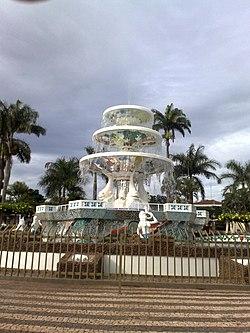 Fonte em Novo Horizonte - panoramio.jpg