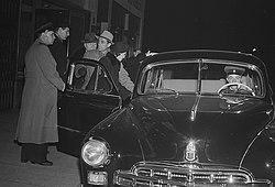 Fotothek df roe-neg 0006204 015 Ankunft der sowjetischen Baletttänzer Jurij Kond.jpg