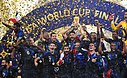 Überreichung des WM-Pokals an die französische Fußballnationalmannschaft
