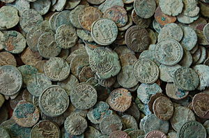 Frome Hoard - Image: Frome Hoard pile of coins