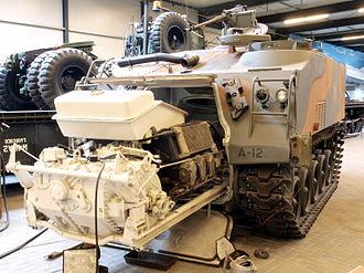 Powerpack (drivetrain) - Powerpack removal of an M75 APC