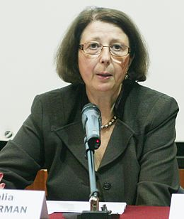 Galia Ackerman 2009 (cropped).jpg