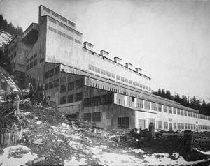 Alaska-Gastineau Mining Company - Alaska Gastineau gold crushing mill