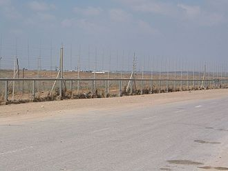 Israel–Gaza barrier - Gaza Strip Barrier near the Karni Crossing