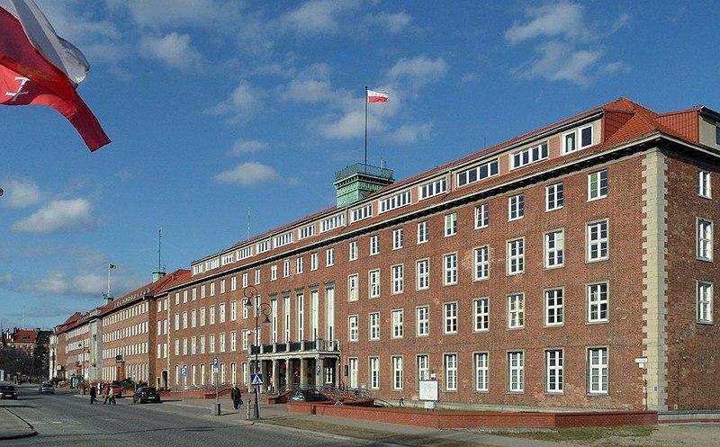 Pomorski Urząd Wojewódzki / wikipedia / Yanek