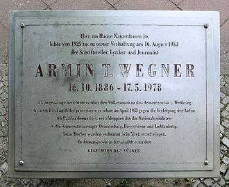 Armin T. Wegner - Image: Gedenktafel Kaiserdamm 16 (Charl) Armin T. Wegner