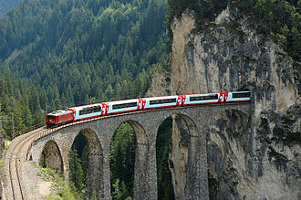 Glacier Express - Glacier Express on the Landwasser Viaduct