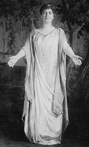 Glenna Smith Tinnin - Glenna Smith Tinnin circa 1913