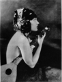 Gloria Swanson (July 1920).png