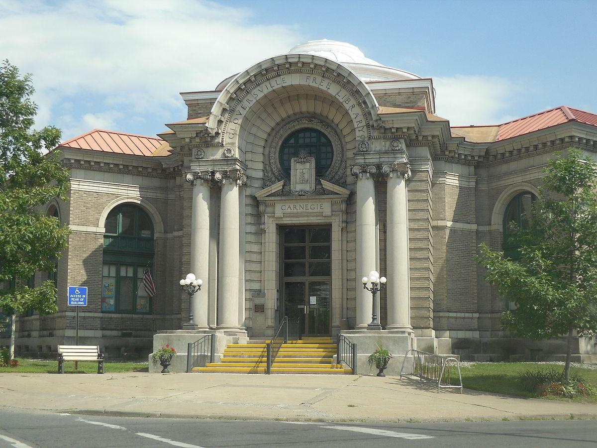 Gloversville Free Library - Wikipedia