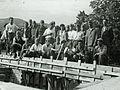 Gradnja gimnazije na Ravnah - KNOJ-evci so prišli pomagat 1951.jpg