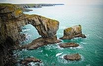 Green Bridge of Wales 1 - Pembrokeshire (2010).jpg