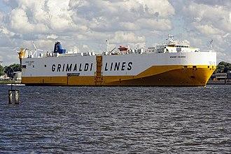 Grimaldi Group - Image: Grimaldi Lines Grande Colonia