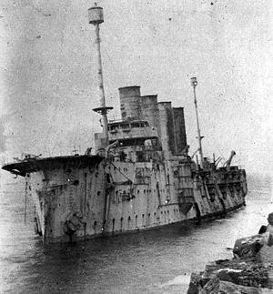 Russian cruiser Gromoboi - Gromoboi aground near Liepāja