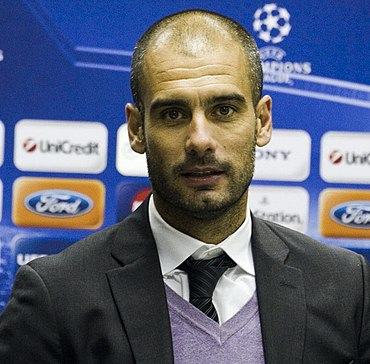 Pep Guardiola was successful in 2000 with Barcelona. Guardiola 2010.jpg