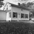 HISTORIC AMERICAN BUILDINGS SURVEY DOROTHY REED, PHOTOGRAPHER OCT. 1956 AUGUSTUS' HOUSE - Ames-Paton House, Pinola, La Porte County, IN HABS IND,46-PINO,1-8.tif