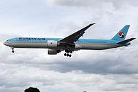 HL8210 - B77W - Korean Air