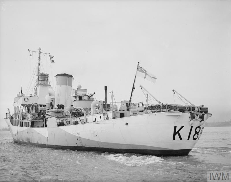HMS ALISMA, BRITISH FLOWER CLASS CORVETTE. 22 APRIL 1942, LIVERPOOL. A8492