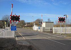 Halkirk level crossing (13175788454).jpg