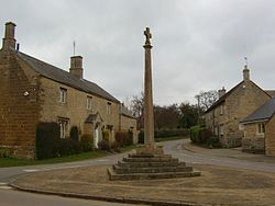 Harringworth Cross - geograph.org.uk - 138503.jpg