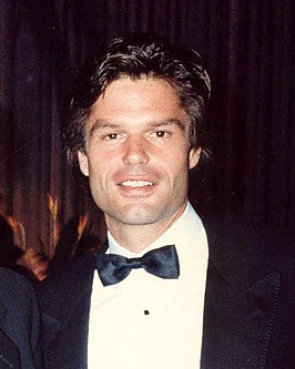 Harry Hamlin in 1987