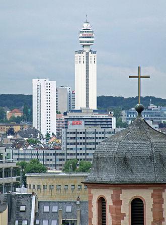 Henninger Turm - Image: Henninger turm ffm 002
