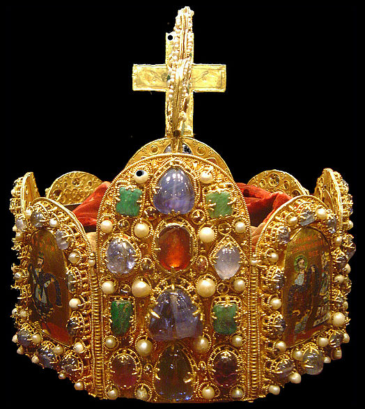 Fájl:Holy Roman Empire crown dsc02909.jpg