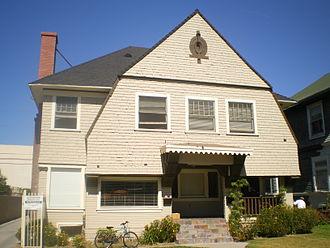 Menlo Avenue–West Twenty-ninth Street Historic District - 2811–2813 S. Menlo Ave.