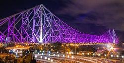 Howrah Brücke zwischen Lights.jpg